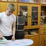 Около 100 масок из материи пошили волонтеры детского фонда для сотрудников ГОАОУ «ЦОРиО»